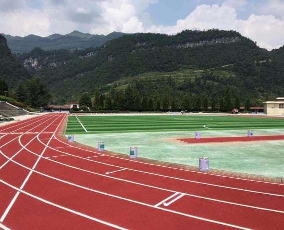 涼山學校透氣型塑膠跑道